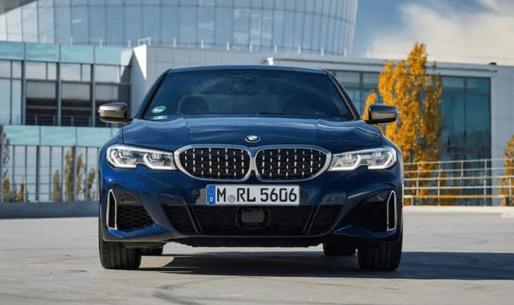 BMW 3 Series Sedan (2018)