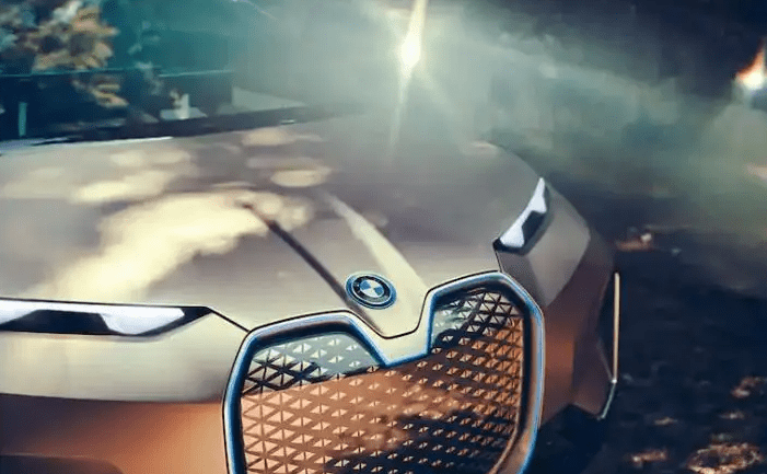 BMW Vision iNEXT (2018)