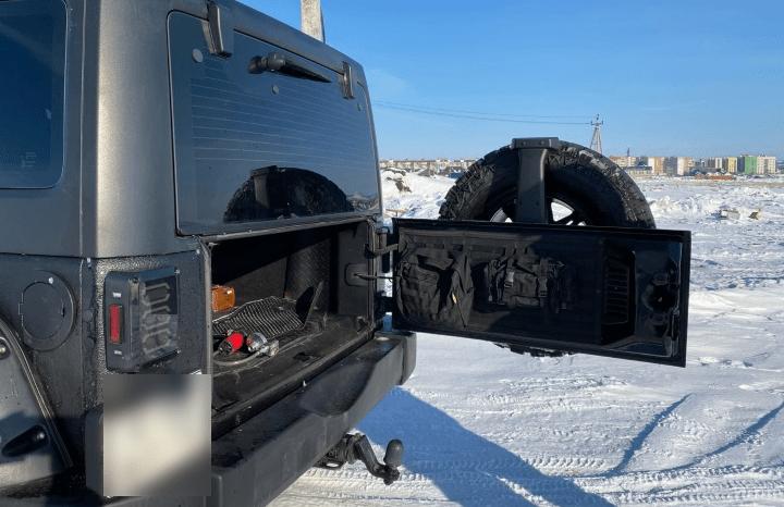 Jeep Wrangler JK trunk